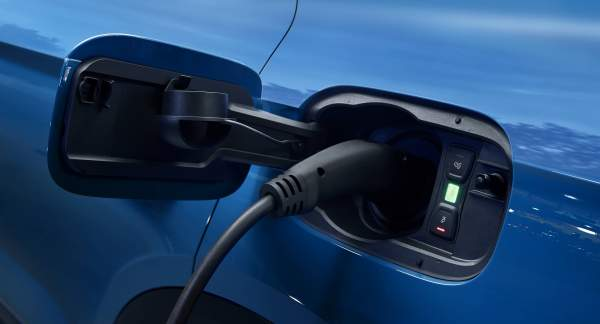 2020-Audi-Q5-Hybrid-Engine