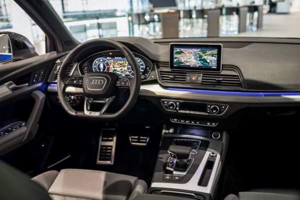 2020-Audi-Q5-Hybrid-Interior