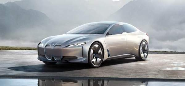 2020 BMW i5 Competition