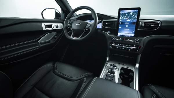 2021-Ford-Explorer-Hybrid-Interior