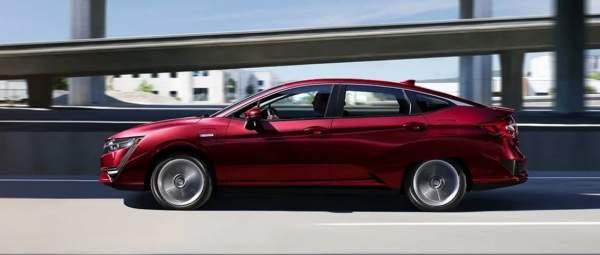 2020-Honda-Clarity-Plug-In-Hybrid-Exterior