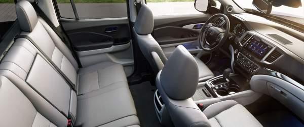 2020-Honda-Ridgeline-Hybrid-Interior