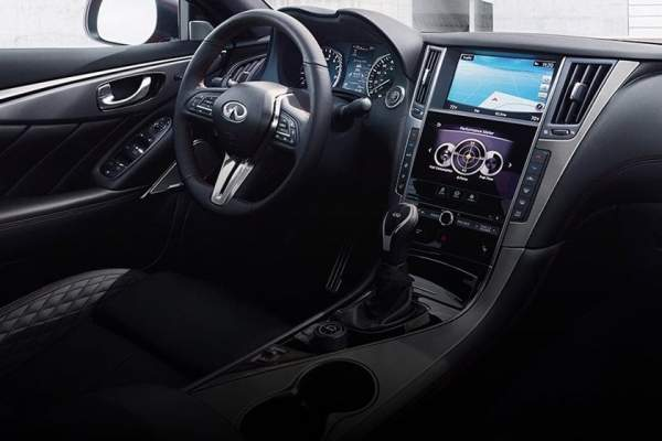 2020-Infiniti-Q50-Hybrid-Interior