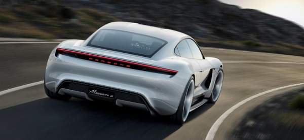 2020-Porsche-Mission-E-Charging-and-Range