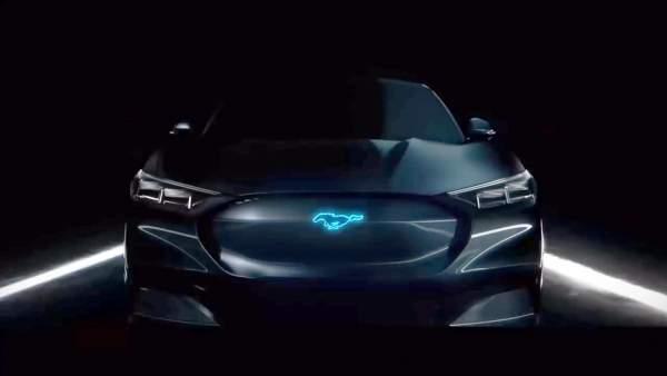 2021-Ford-Mach-E-Exterior