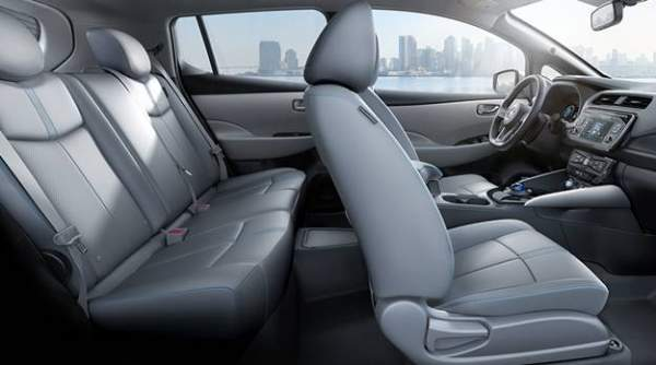 2021-Nissan-Leaf-Interior