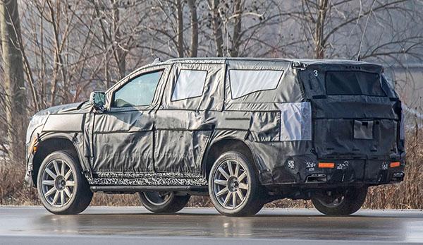 2020-Cadillac-Escalade-Hybrid-Spy-Shots