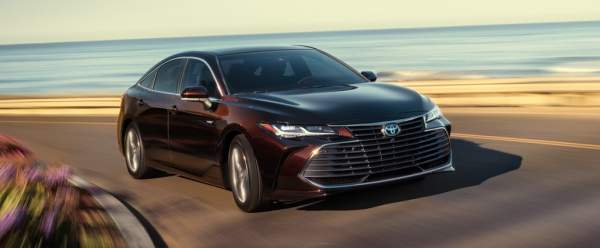 020 Toyota Avalon Hybrid Design