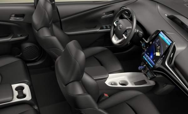 2020-Toyota-Prius-Prime-Interior