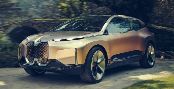 2021-BMW-iNext-Engine