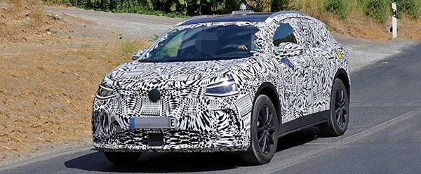 2021-Volkswagen-ID-4X-Crozz-Spy-Shots
