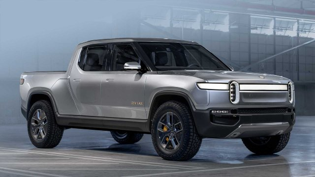Rivian-R1T-and-R1S-Battery-Driving-Range-and-Engine