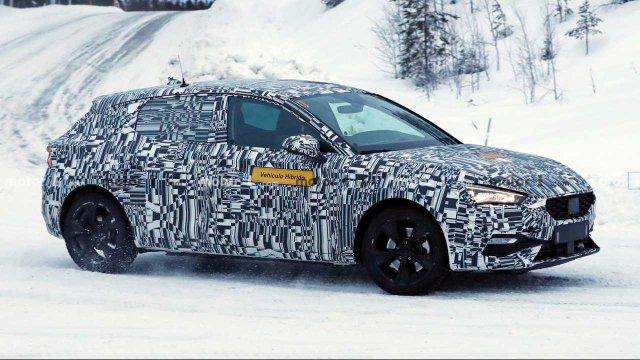 2020-Seat-Leon-Pluh-In-Hybrid