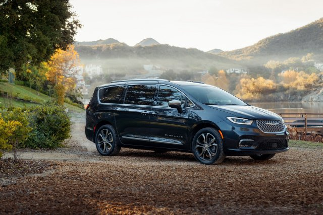 2021-Chrysler-Pacifica-Pinnacle