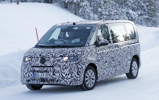 2021 VW T7 Multivan Plug-In Hybrid, and Spy Shots