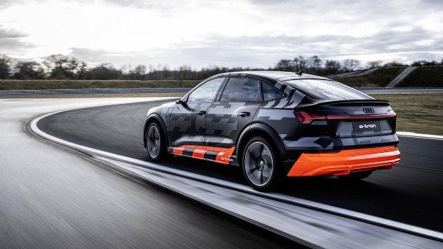 Audi-e-tron-S-Design