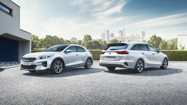 Kia-XCeed-and-Ceed-Sportswagon