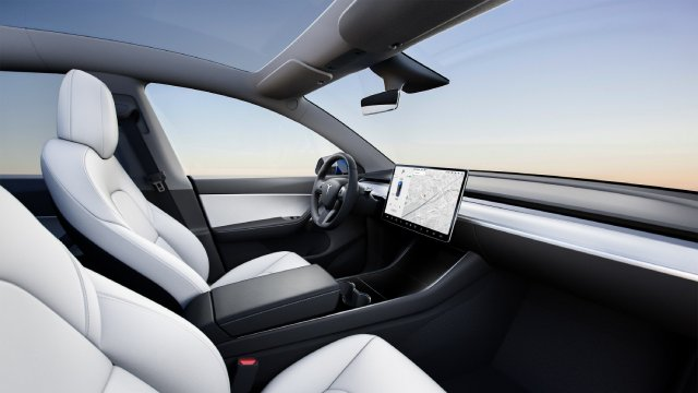 2021-Tesla-Model-Y-Interior-and-Additional-Features