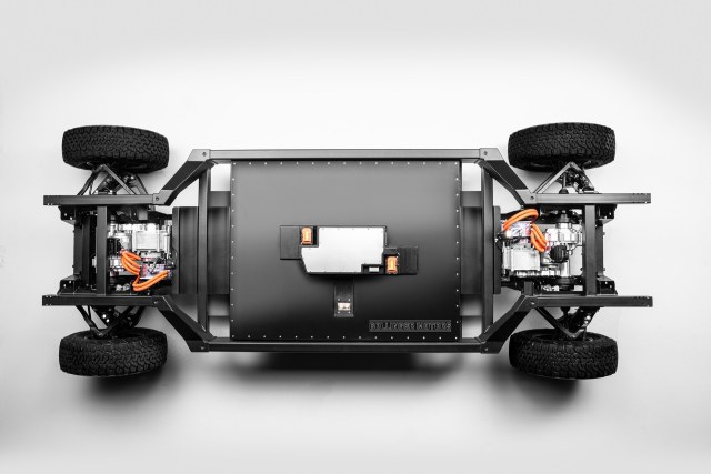Bollinger-E-Chassis-Dimensions