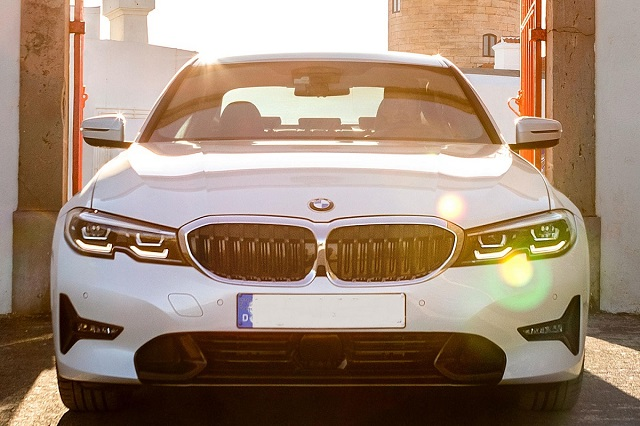 2021 BMW 3 Series Hybrid