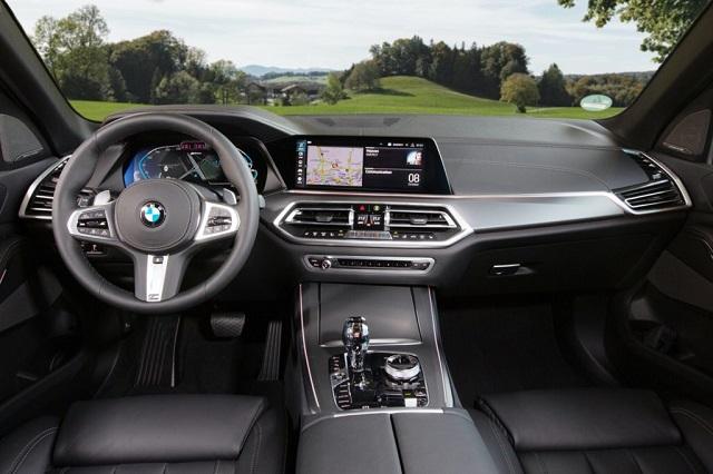 2021 BMW X5 xDrive45e cabin