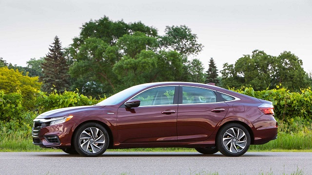 2021 Honda Insight side