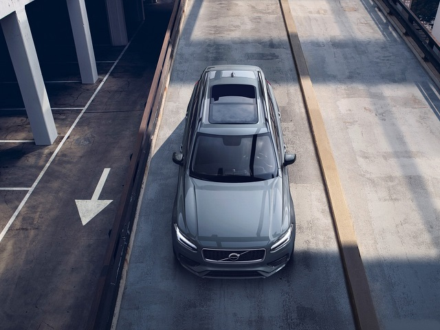 2021 Volvo XC90 T8 air look