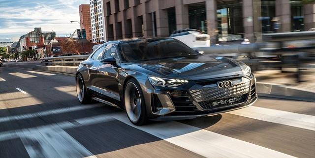 2021 Audi E-Tron GT front