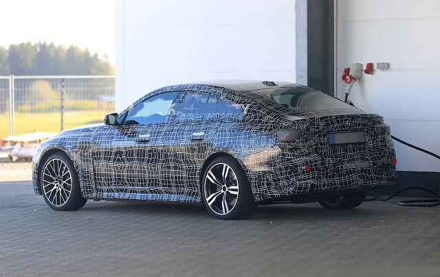 2022 BMW i4 rear