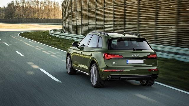 2021 Audi Q5 Hybrid rear
