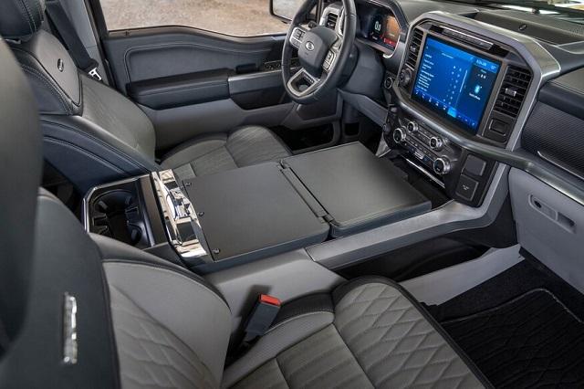2021 Ford F-150 Hybrid seats