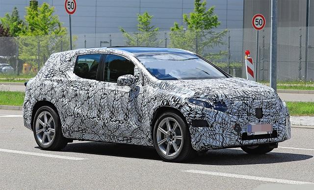 2022 Mercedes-Benz EQE front