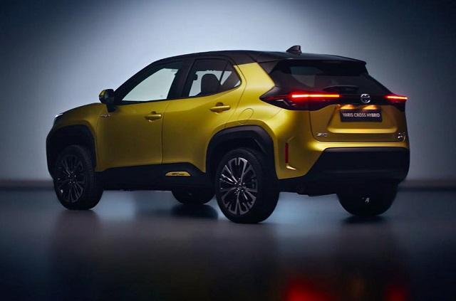 2021 Toyota Yaris Cross rear