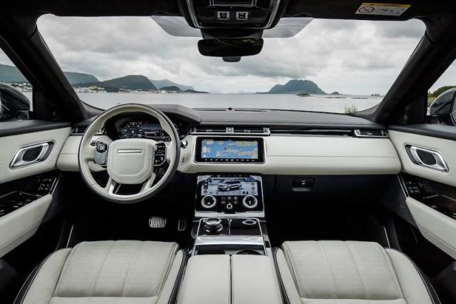 2021 Range Rover Velar cabin