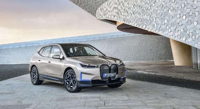 2022 BMW iX design