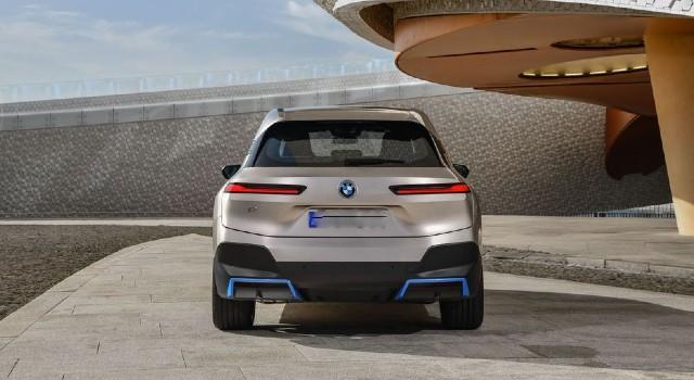 2022 BMW iX range