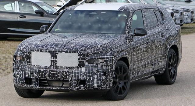 2022 BMW X8 design