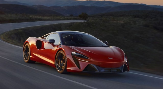 2022 McLaren Artura design