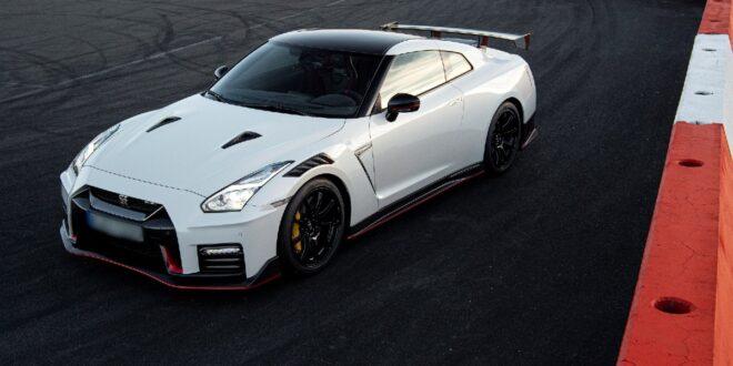 2022 Nissan GT-R Hybrid price