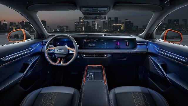 2022 Ford Evos interior