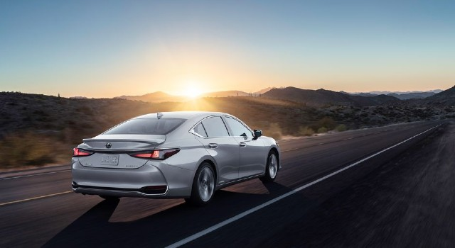 2022 Lexus ES refresh