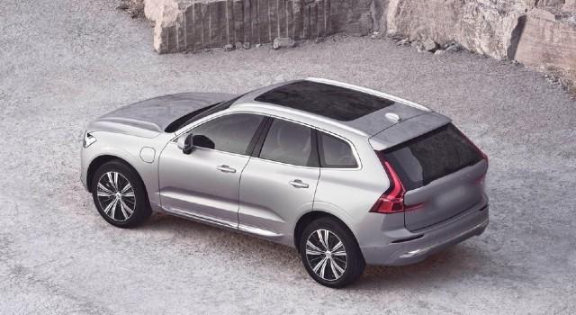 2022 Volvo XC60 exterior