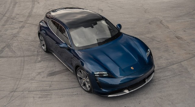 2022 Porsche Taycan Turbo Cross Turismo design